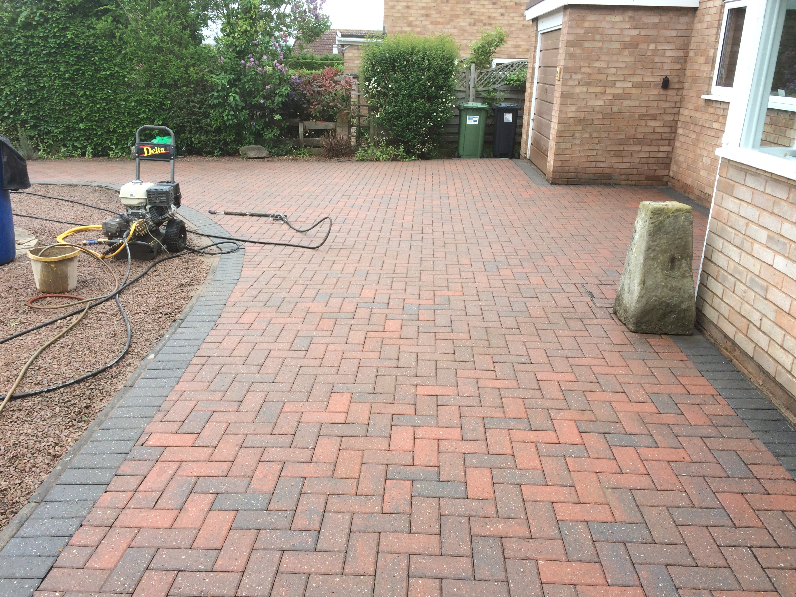 Drive cleaned in loder drive Hereford 002