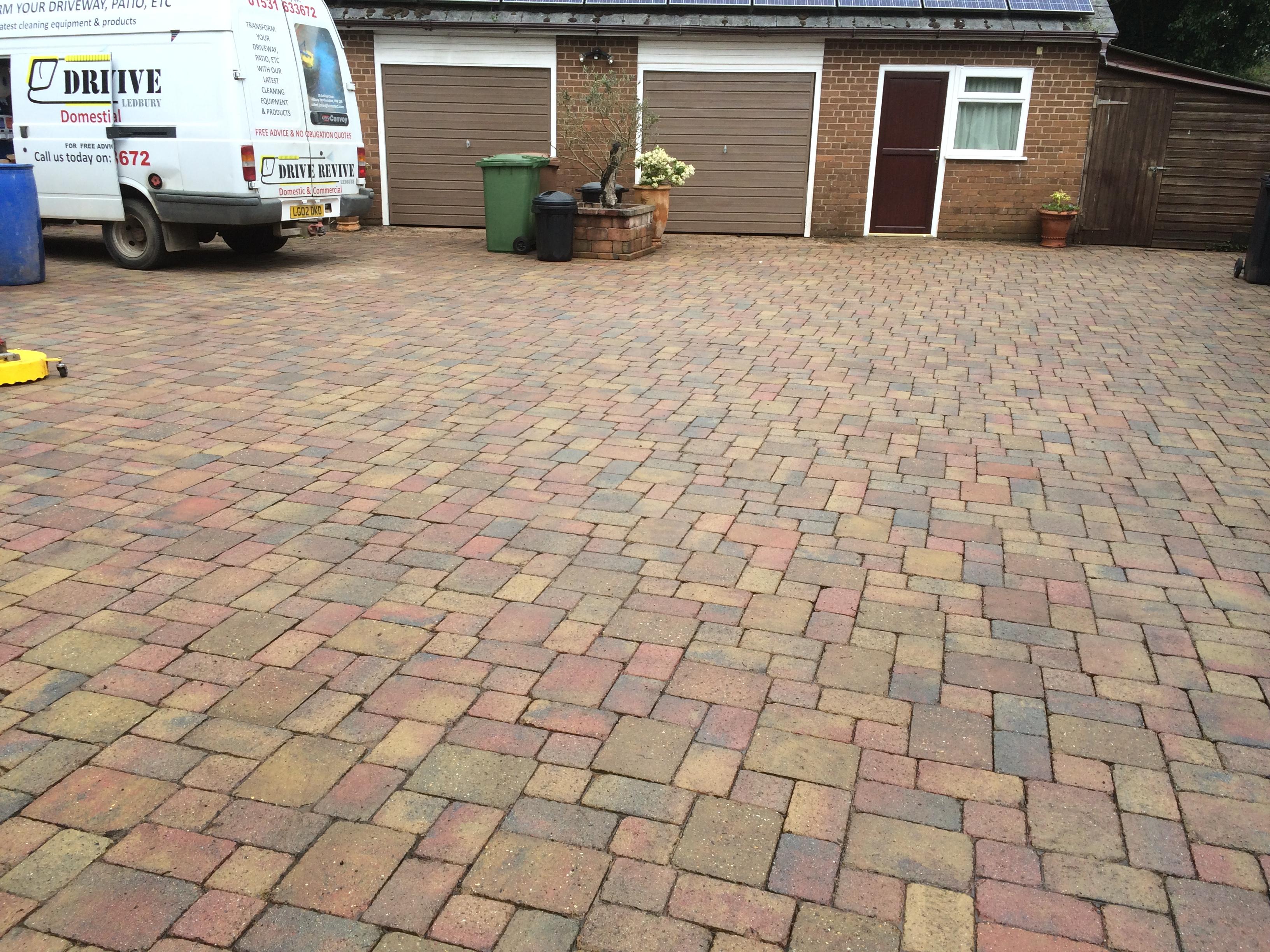 driveway deep clean wellington heath 001
