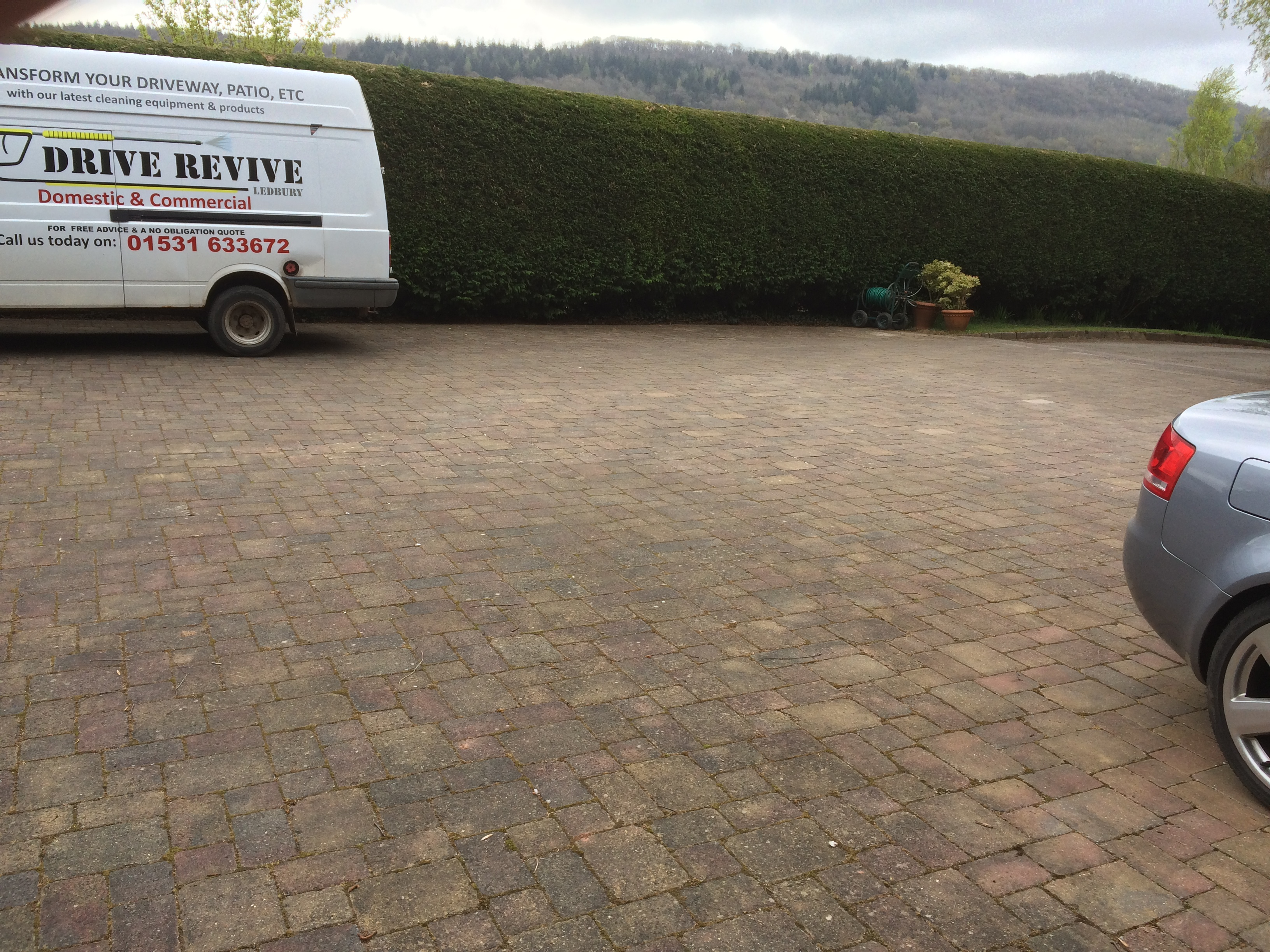 start of driveway deep clean wellington heath 006