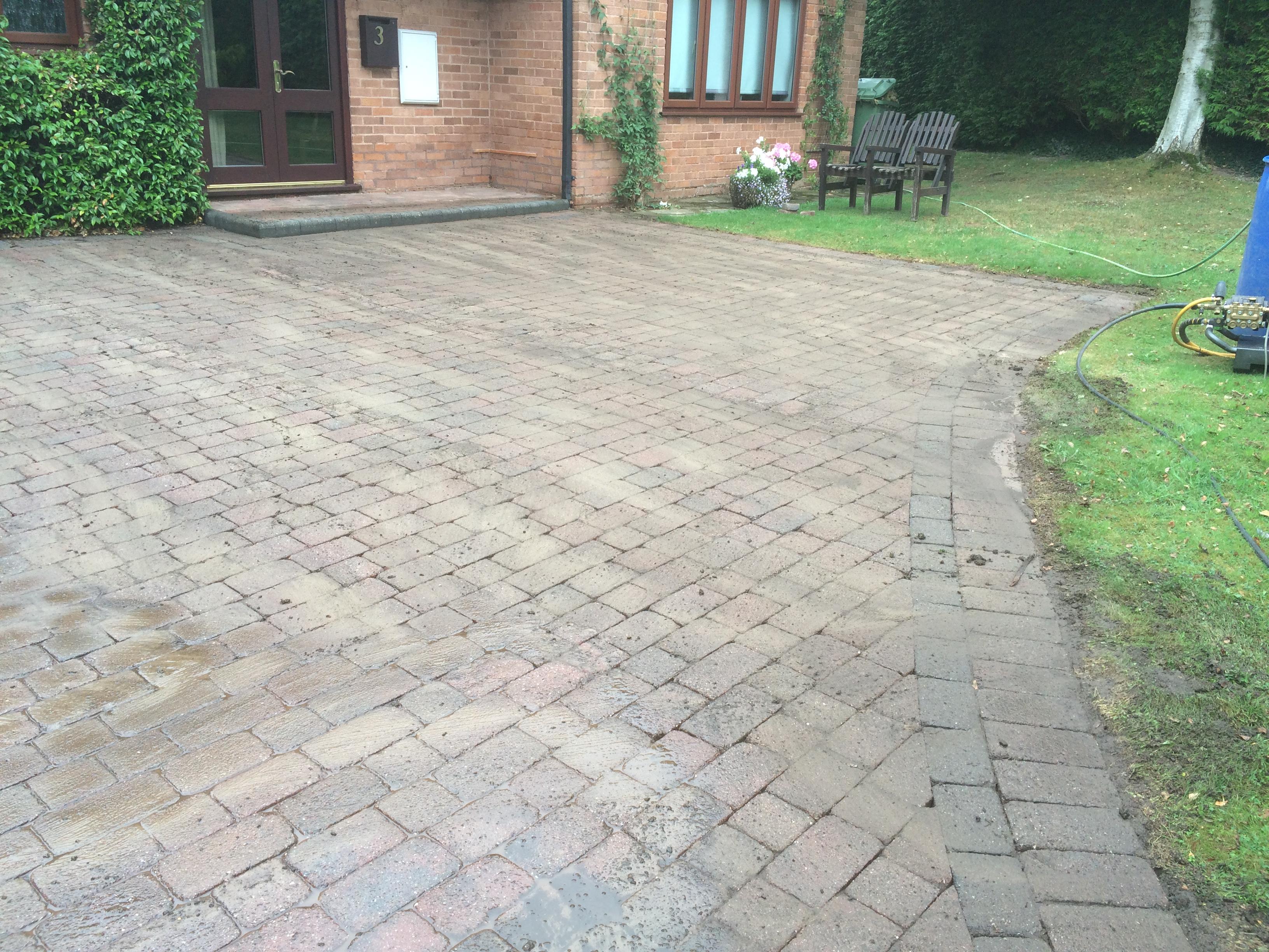 driveway clean Redmarley 006