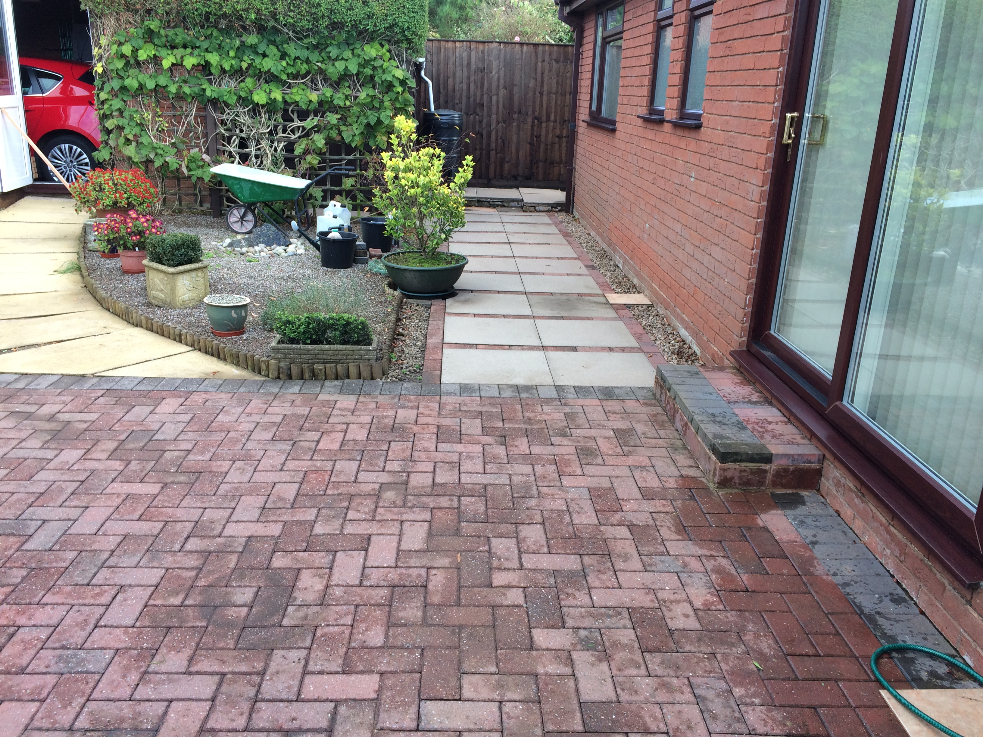 patio and paths cleaned ledbury Herefordshire 002