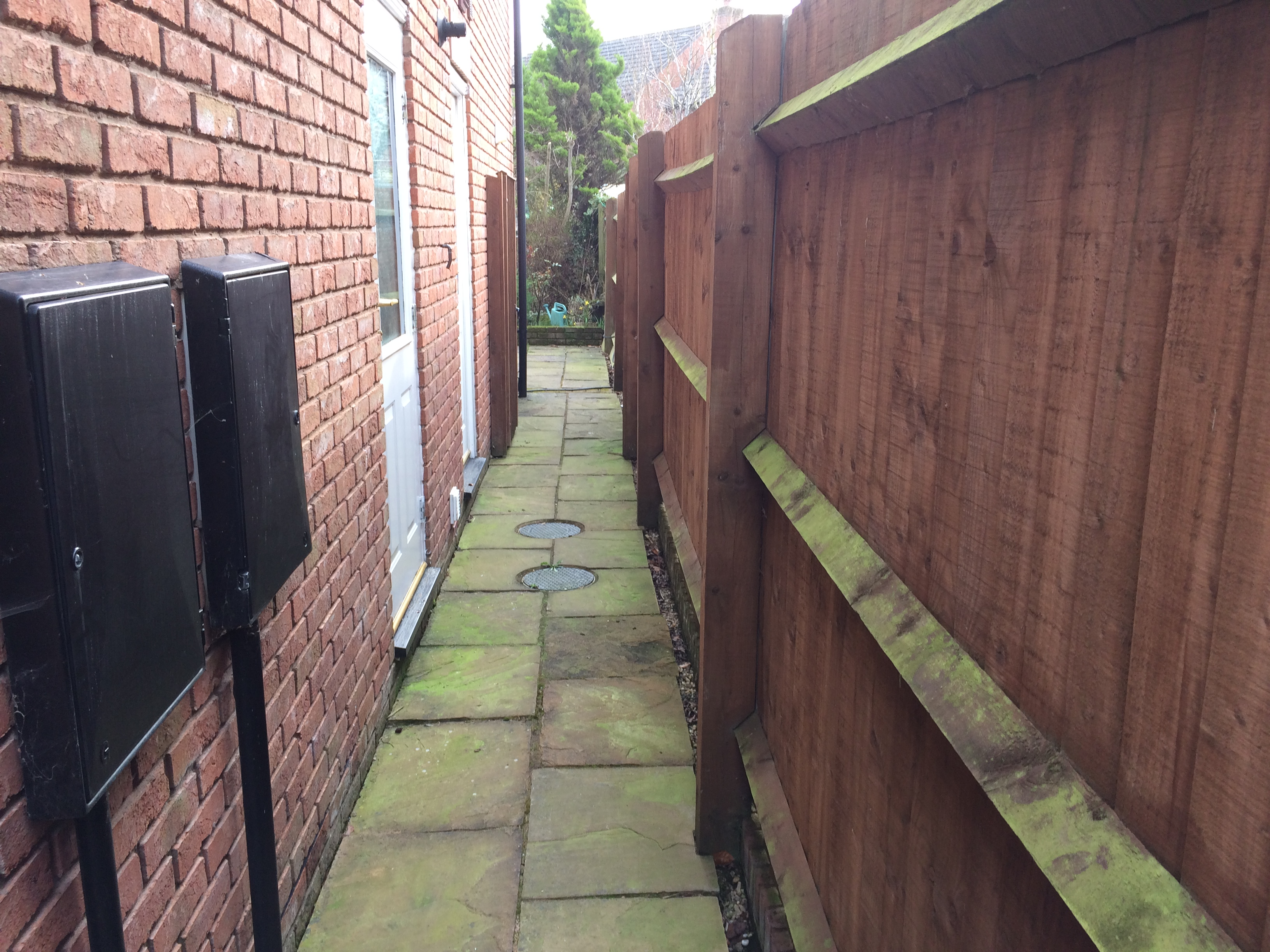 drive and patio clean browning rd ledbury (2)